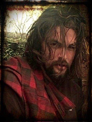 ~ Jason Momoa, looking ruggedly hot!