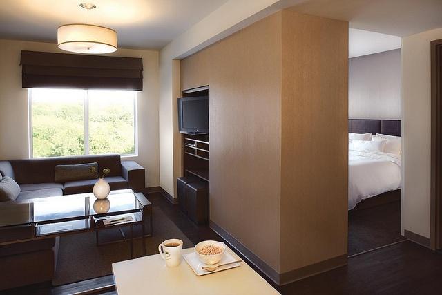 Element Lexington—One Bedroom, via Flickr.