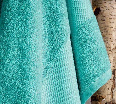 Badlaken - marine-groen van De Witte Lietaer<strong>,</strong> een <strong>Belgische linnenproducent</strong> sinds 1898. Ze zijn gekend voor linnen van <strong>uitstekende kwaliteit</strong>, geproduceerd met een goed oog voor detail en uit <strong>de beste materialen</strong>.
