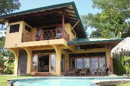 Tropisches paradies Haus mit Sicht vom Himmel auf das Meer bei Uvita zu verkaufen