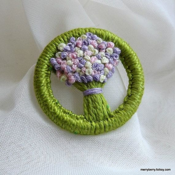 Dorset Button Brooch Spring Flowers by MerryBerryPanda on Etsy, £5.00