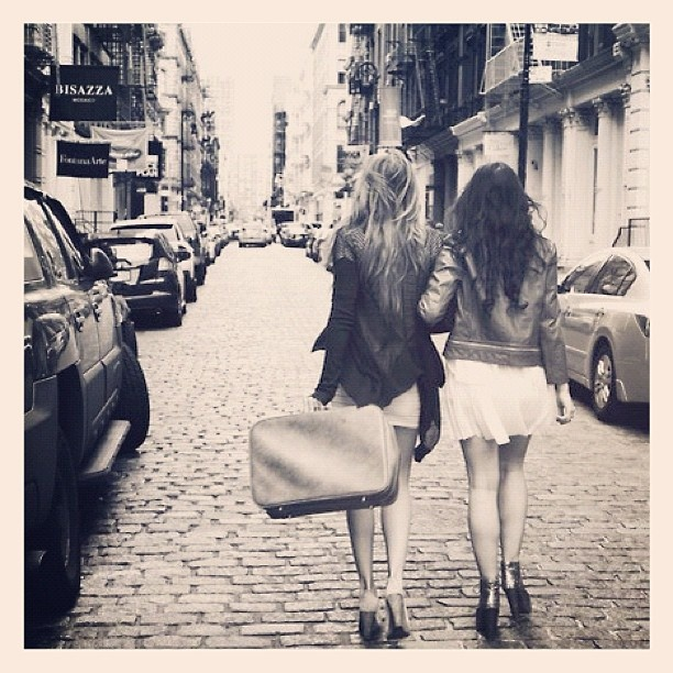 girls see