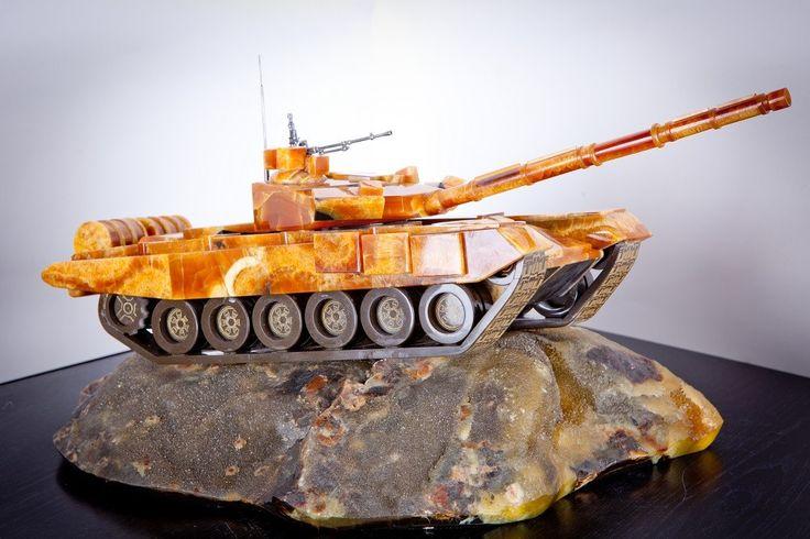 танк т 90 из камня