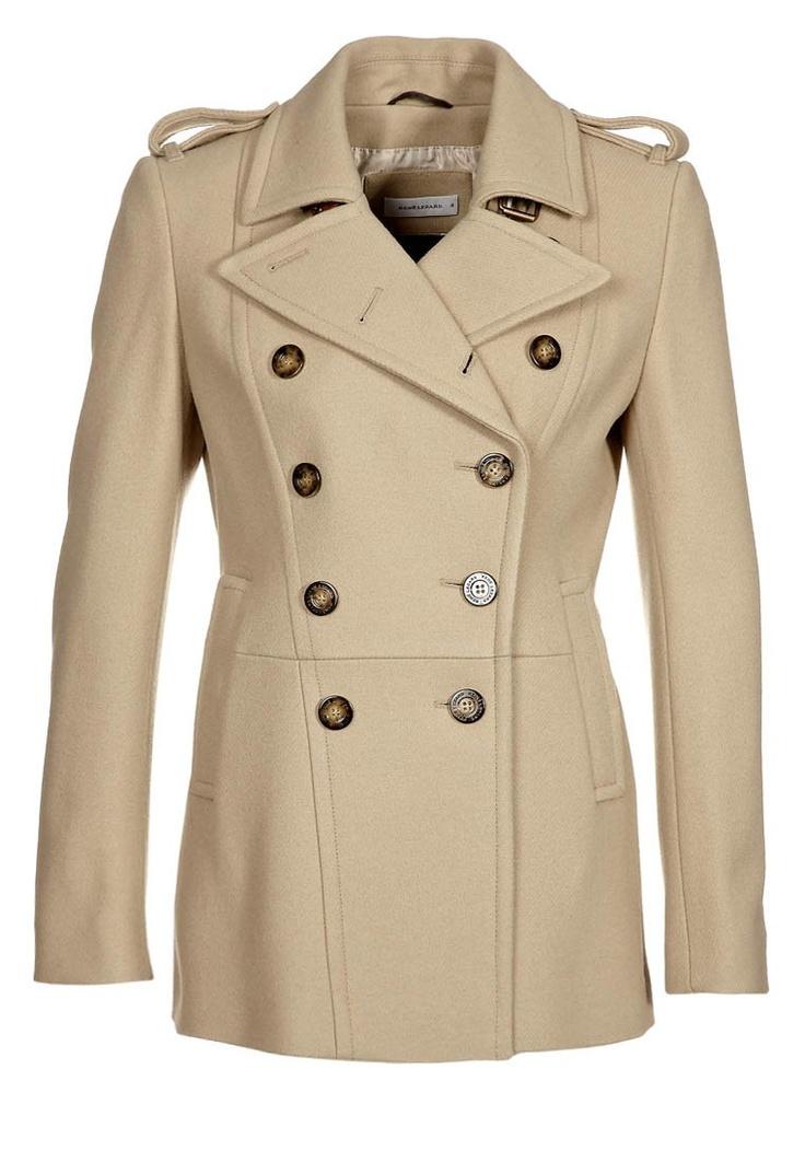 René Lezard women's beige coat
