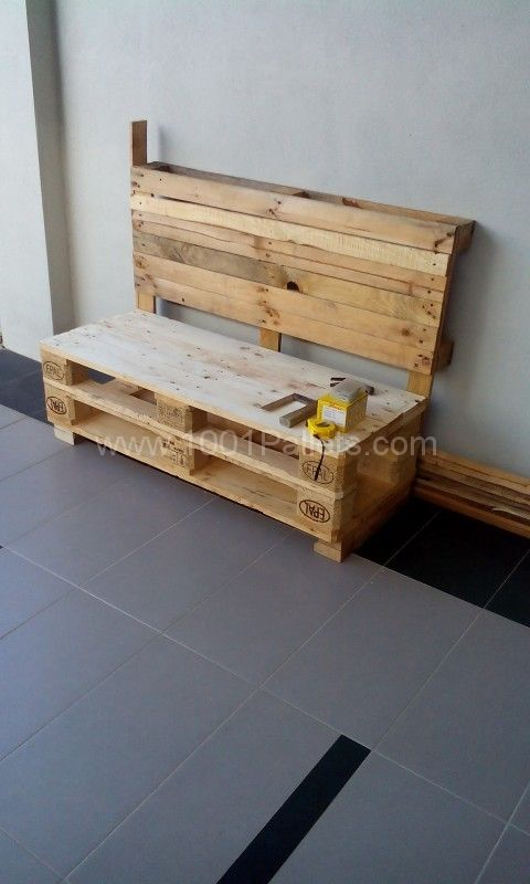 Two pallets bench | 1001 Pallets