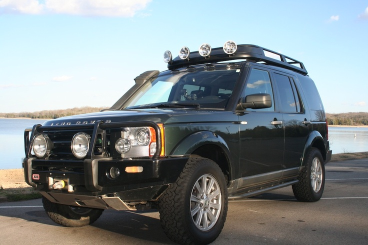 Nice #LandRover #LR3 with #ARB deluxe winch bar.
