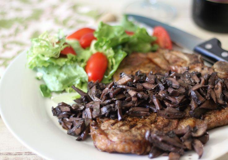Pinot Noir Mushroom Reduction Sauce with Grilled T-Bone Steak #SundaySupper