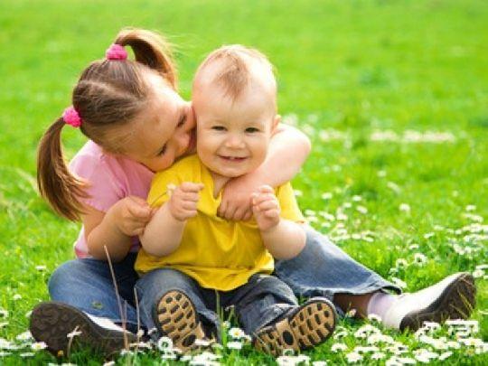Babys Entwicklung ! .. die zwei Entwicklungsphasen ..  HIER LESEN: http://www.mamiweb.de/familie/babys-entwicklung/1  #babyentwicklung #baby #kleinkind #säugling #babys