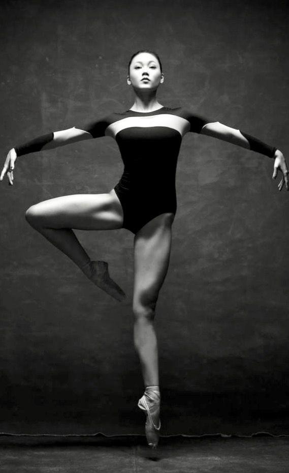 порно балерины в смешных позах онлайн