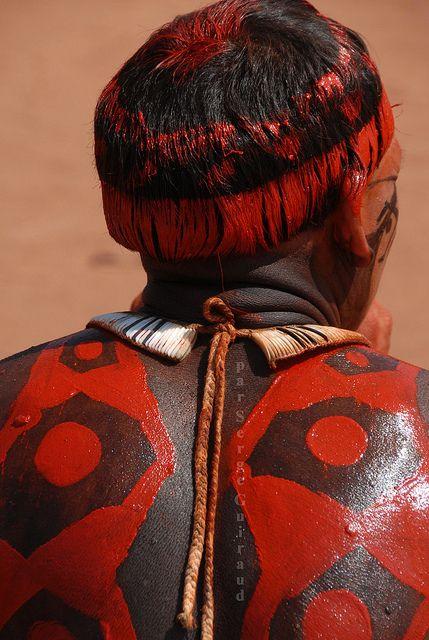 Brazil | Kuikuru Indian.  Xingu Indian Park, Mato Grosso | ©Serge Guiraud, via Flickr