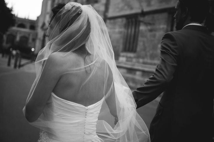 destination-wedding-voorbeeld-fotografie-Oxford-Utrecht-sluier-fotograaf.