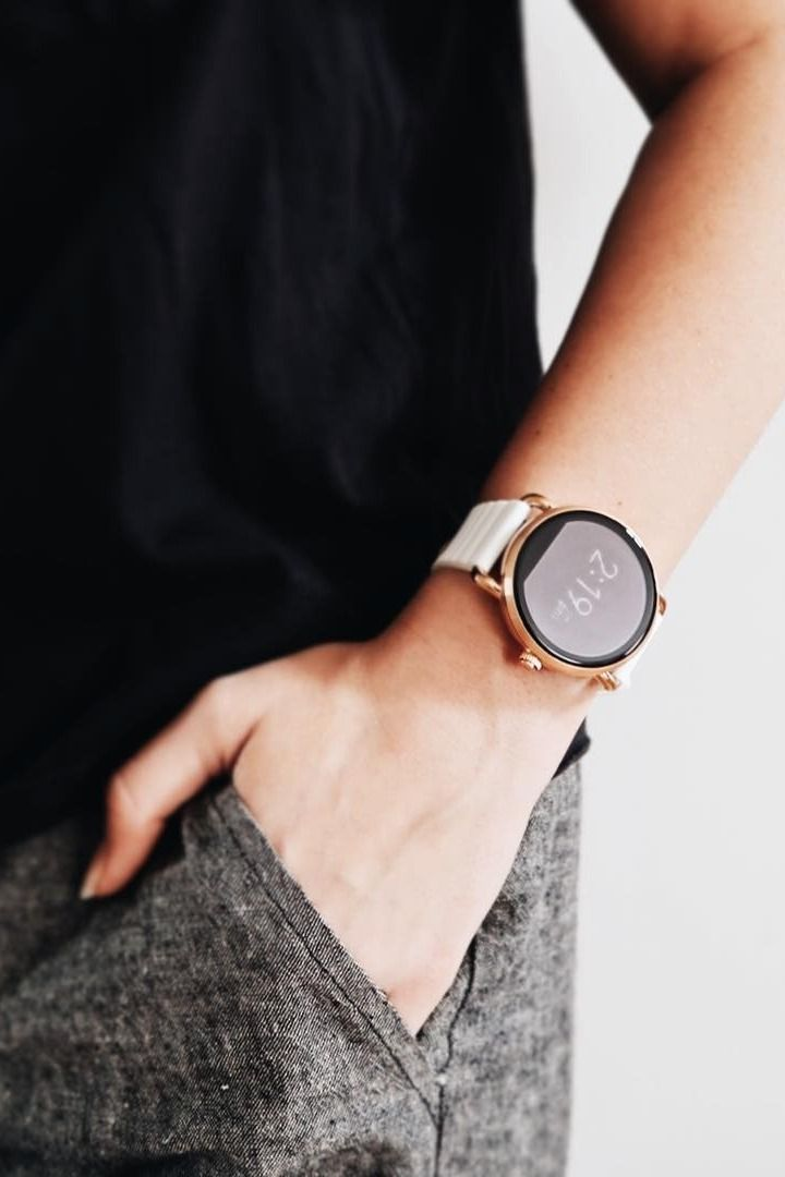 Fashion meets tech in the Q Wander rose gold smartwatch. via @ smithandriah