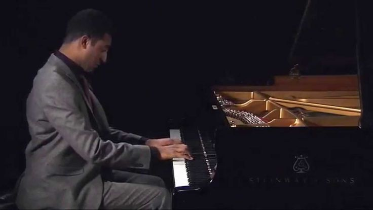 Cyrill Ibrahim plays Sarabande from Partita 2 by J.S. Bach (Excerpt from a live recording)