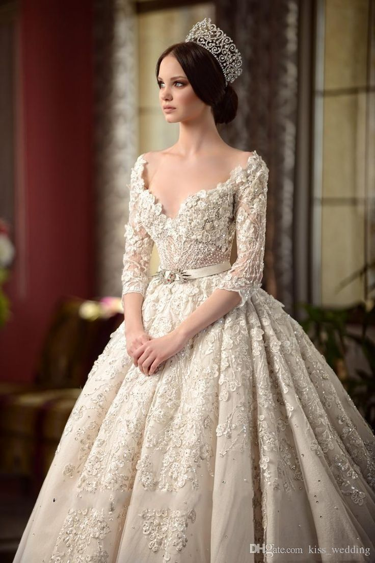 Luxury Chapel Wedding Dresses with Long Train 3/4 Sleeves Backless Country Wedding Gown Bridal Dress Sexy Deep V-Neckline Appliqued