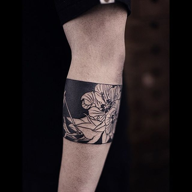 #tattoosnob #tattrx #tattooistartmag #tattoo #tattoos #tattooed #tattooist #tattoostuff #tattoostagram #cooltattoos #tattooartistmagazine #watercolortattoo #tattooartmagazine #tattoosnob #art #tattooed #chinesetattoo #ink #arttattoo #artfido