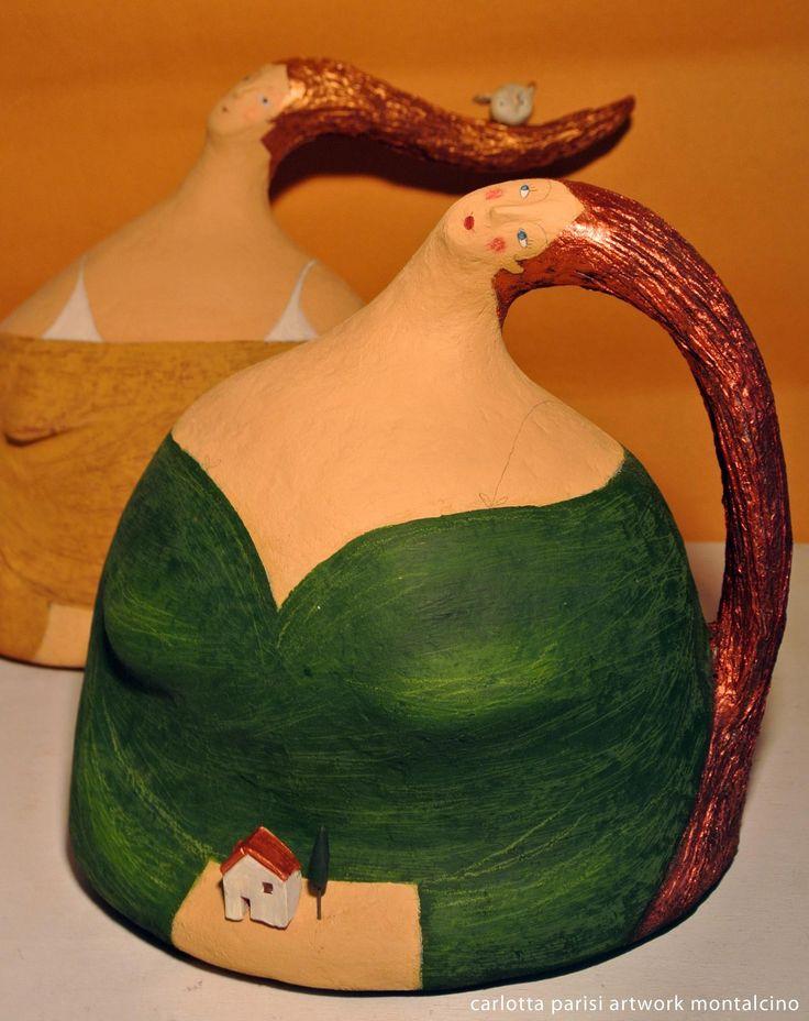 Carlotta Parisi - Donne Val d'Orcia di Carlotta ParisiSculture in papier-maché dedicate alla Val d'Orcia.