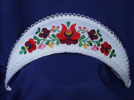 Wedding corolla embroidered, matyó  https://hagyomanyorzobolt.com/en/spd/203109/Wedding-corolla-embroidered-matyo