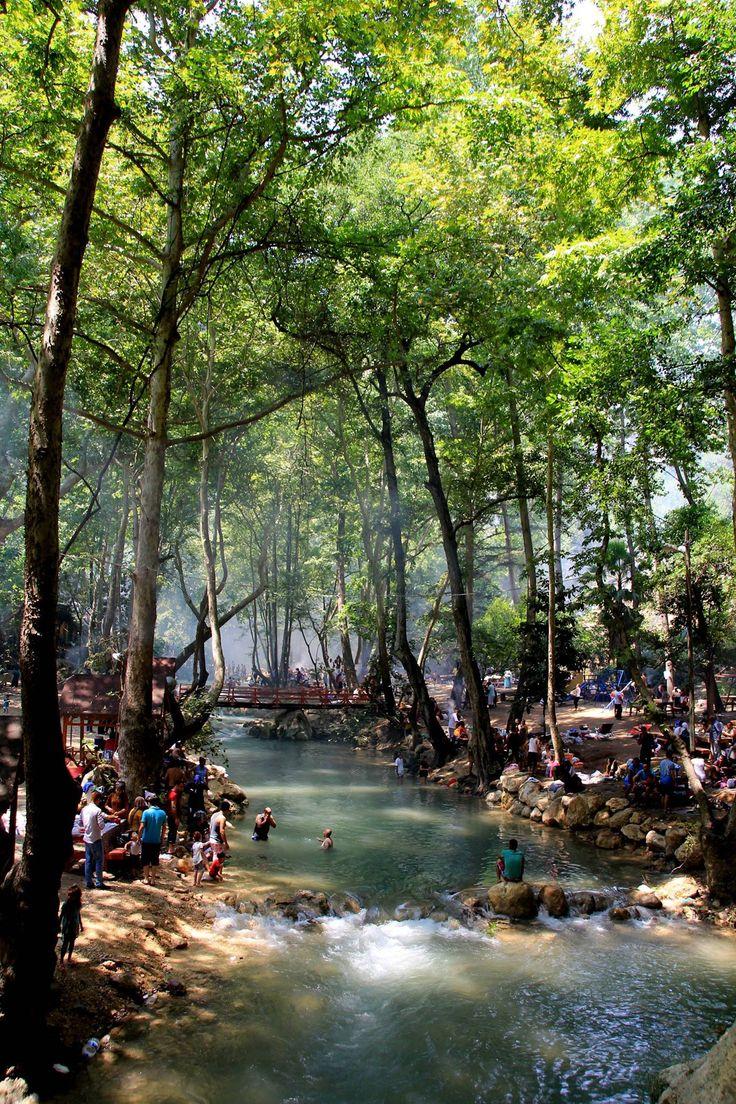 Mersín es una ciudad situada en la costa del Mediterráneo del sur de Turquía y capital de la provincia de Mersin.