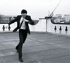 Hiddleston has got the moves *gif*. I would do anything to dance with him.
