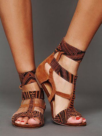 0afef9e33 15 best Style - Shoes images on Pinterest