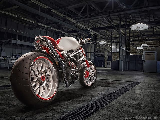 Ducati Monster 1000 | Ducati Streetfighter