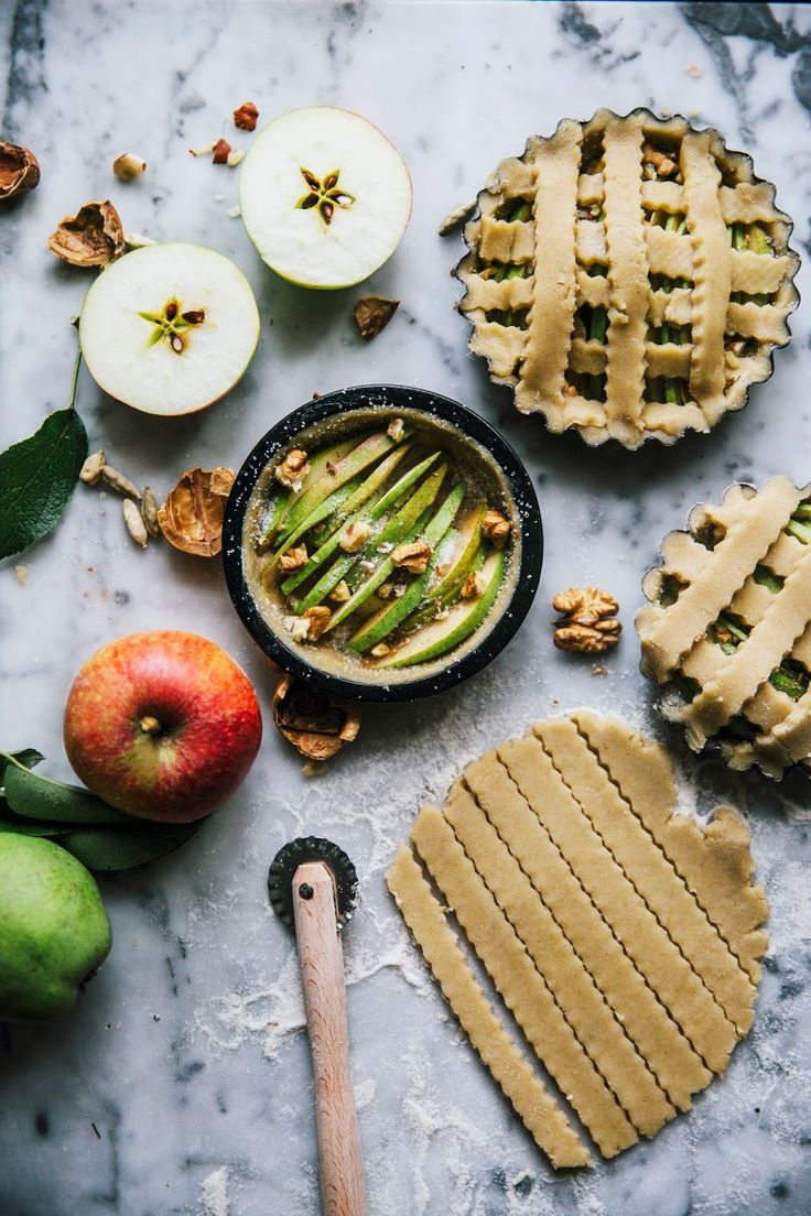 our food stories: a wonderful weekend in the countryside & glutenfree apple pear pies