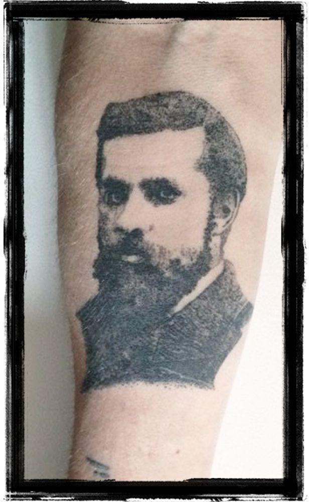 Antoni Gaudi Dotwork Portrait
