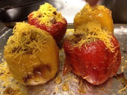 Roasted peppers stuffed with mac & cheese: Food Recipe, Favorite Recipes, Tummy Recipe