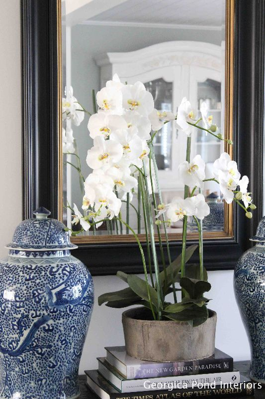 Living Rooms - Georgica Pond | lovely styling with blue and white Chinoiserie porcelain