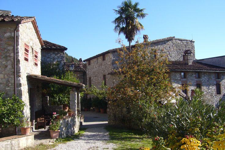 Borgo Giusto - vicolo Solo su http://selection.corriere.it/, fino al 24 luglio.