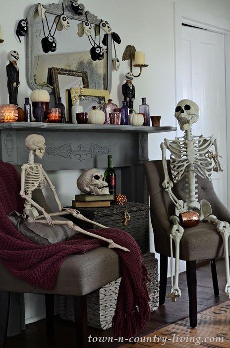 Halloween Skeleton Sightings at My House Holiday and Seasonal