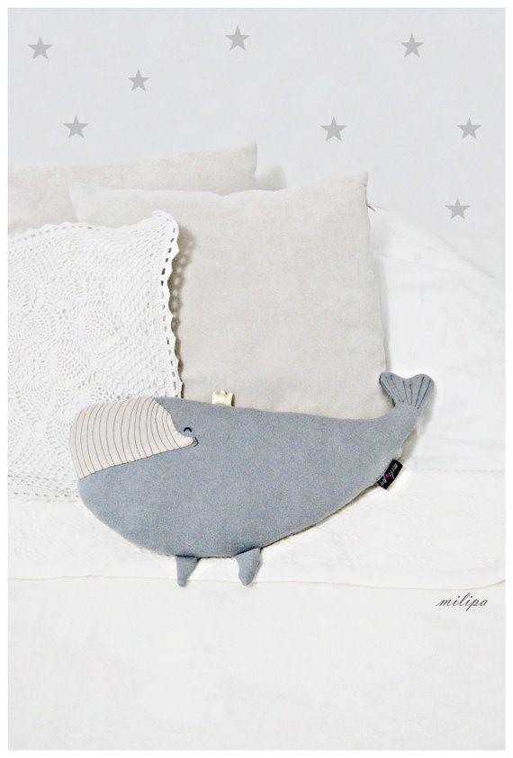 DIANA coussin de baleine oreiller princesse baleine par milipa