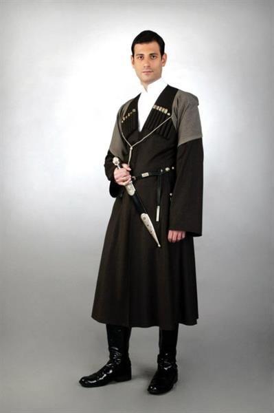Грузинские мужские костюмы чоха
