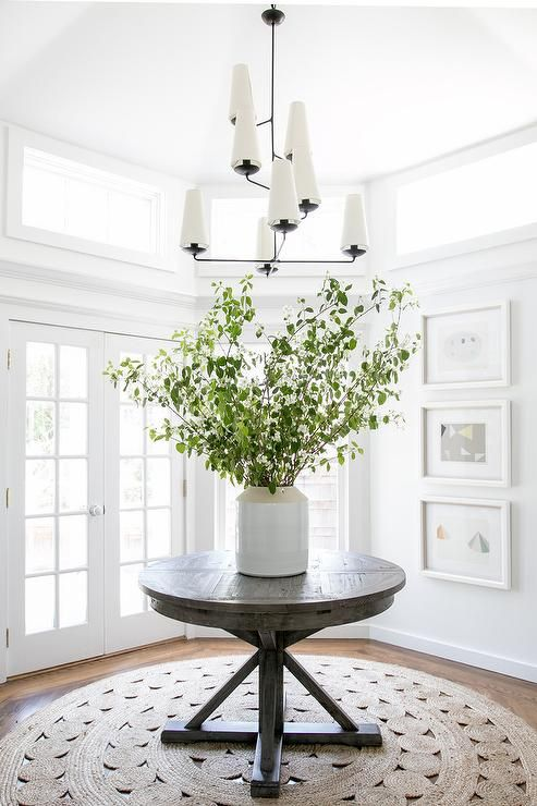 Aerin Fontaine Vertical Chandelier