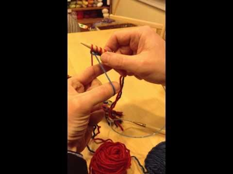 ▶ RohrKnits How-To: Two-color long-tail cast-on - YouTube
