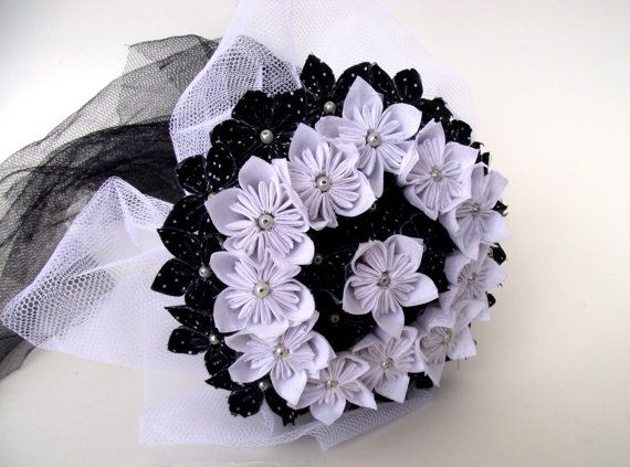 Black and White Handmade Fabric Flower Bouquet by MadameBsBoutique