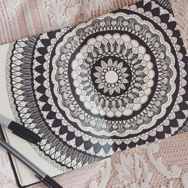 "@viktoria.rodek on Instagram: ""I get different inspiration when I am at home in Hungary. For example I think more about my high…""  #mandala #notmandala #flower #lace #sketchbook #handdrawn #blackandwhite #leaf"