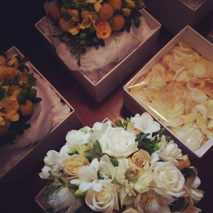 Carla's bridal bouquet and bridesmaids bouquets. #winterwedding #melbourne gorgeous floral styling @amosandsmith