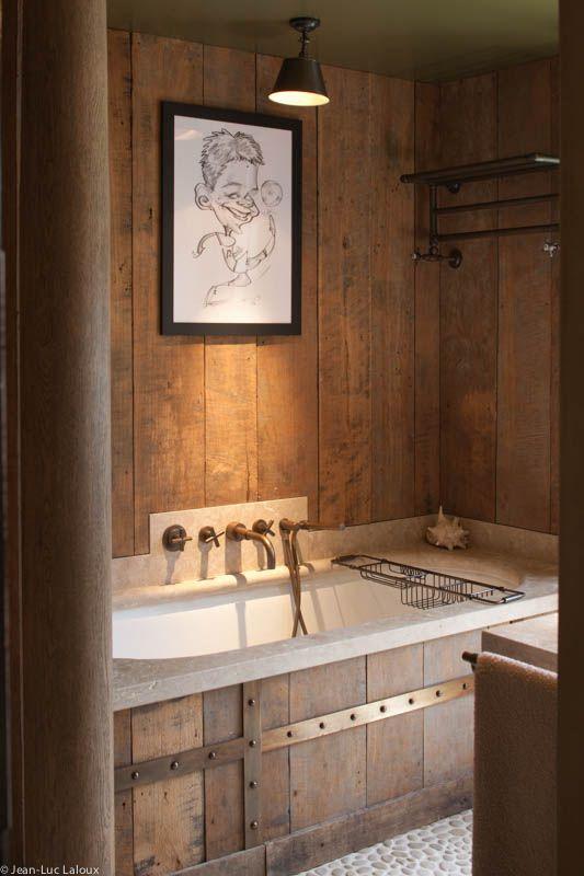 Wooden clad bathroom #surfaces #bathrooms #designer #interiordesigner #interiordesigners #bespoke #homes #design #homedesign #wood #woodenclad