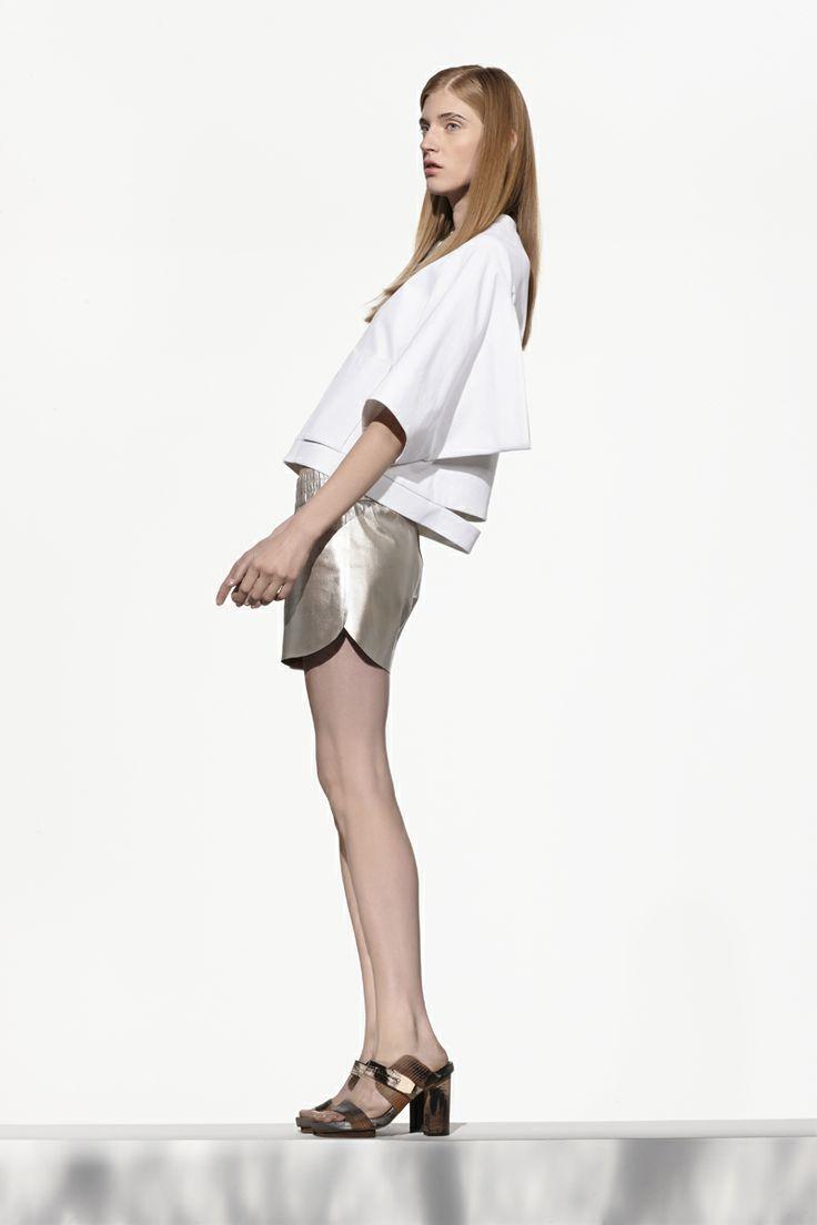 NUBU WOGEL jacket / NUBU VOSIL shorts