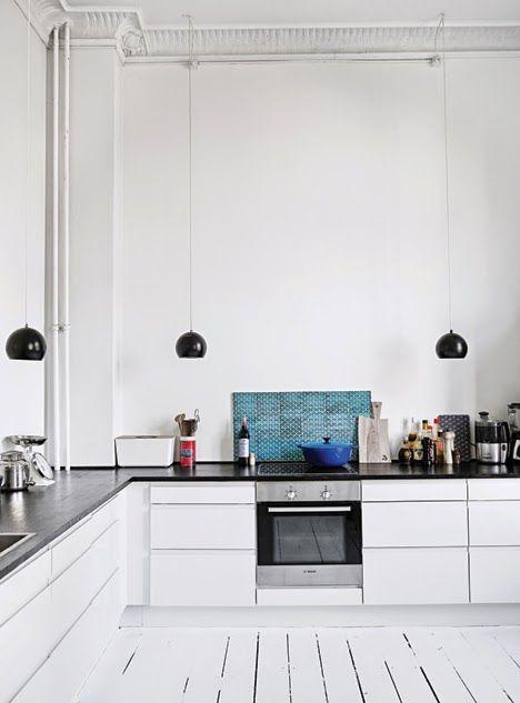 Danish home // love the high ceiling!! #kitchen #danish