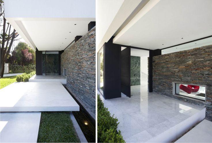 41 best images about puertas y entradas on pinterest - Entradas de casas modernas ...
