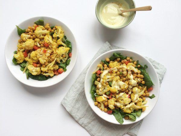 Bloemkool-kikkererwten salade