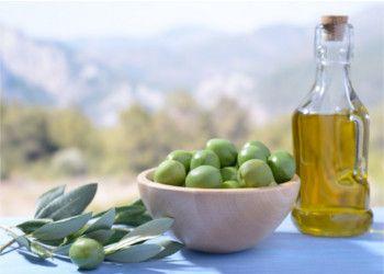 Il consumo regolare di olio d'oliva favorisce la memoria e la salute del cervello. La conferma del benefico ruolo dei polifenoli, composti naturali di cui...