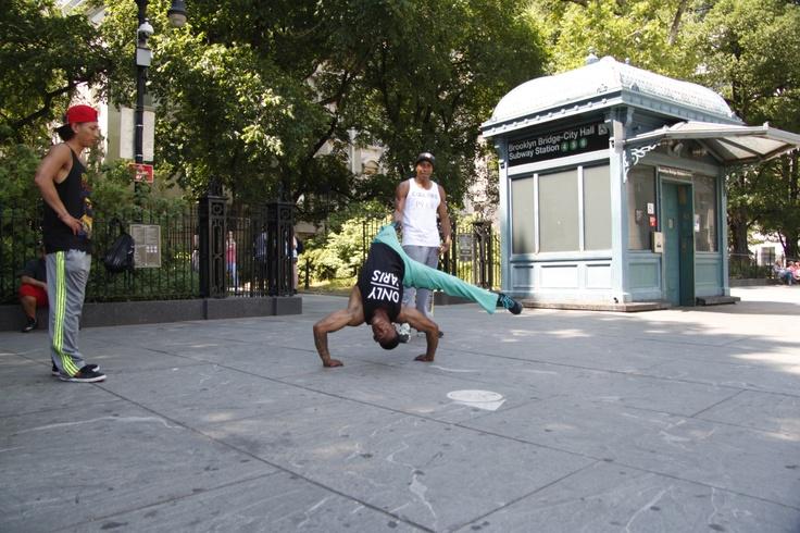 Break-dance in NYC