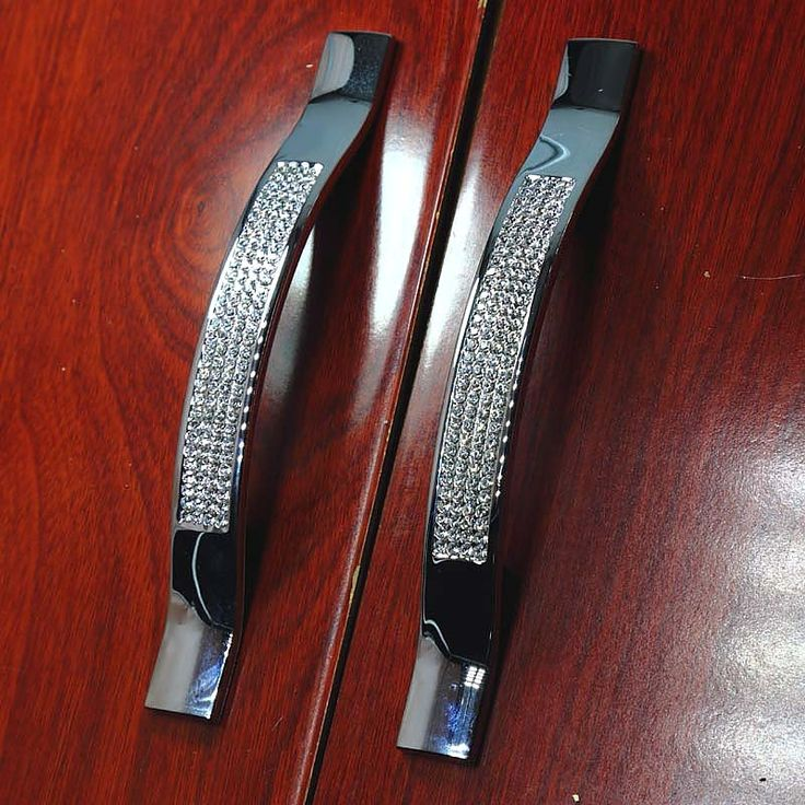 $93.10 (Buy here: https://alitems.com/g/1e8d114494ebda23ff8b16525dc3e8/?i=5&ulp=https%3A%2F%2Fwww.aliexpress.com%2Fitem%2F96mm-luxury-diamond-furniture-decoration-handle-glass-crystal-shiny-silver-kichen-cabinet-dresser-cupboard-drawer-pulls%2F32334446230.html ) 96mm luxury diamond furniture decoration handle glass crystal shiny silver kitchen cabinet  dresser  cupboard drawer pulls  knob for just $93.10