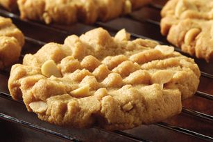 Easy Peanut Butter Cookies recipe #PLANTERS