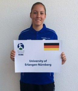 FAU-Elektrotechnikstudentin Claudia Leffler freut sich bei den Europameisterschaften der Hochschulen im Montenegro über eine Bronzemedaille im Kumite (Freikampf) +68kg.