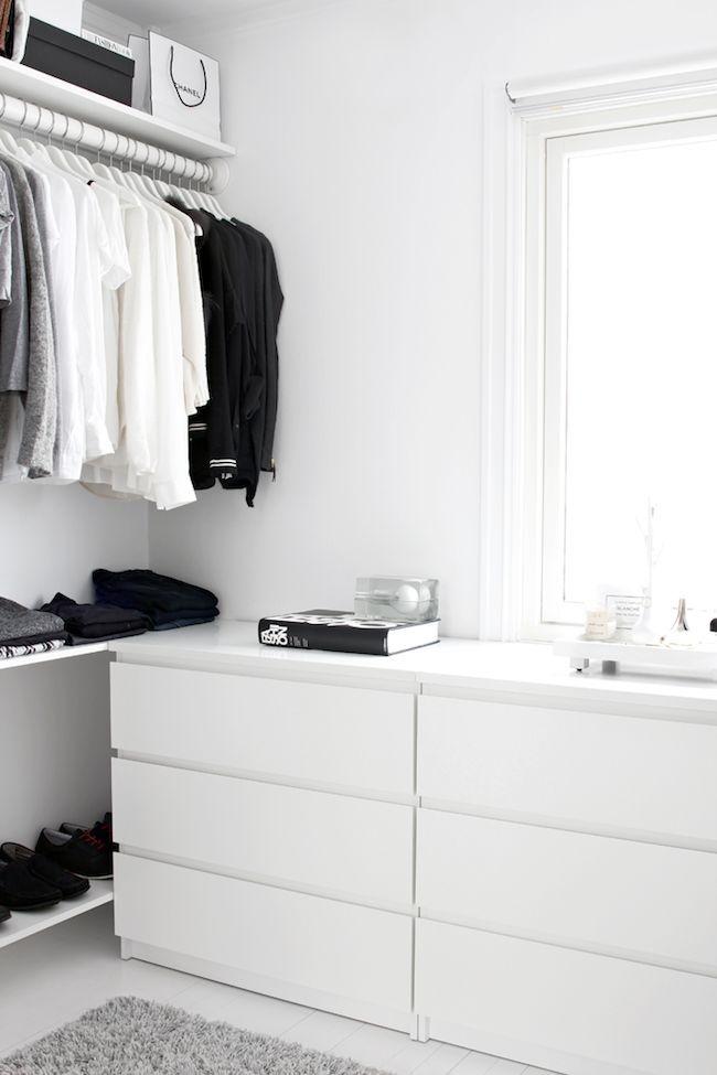 A Fashionable Home: Minimal And Bright Walk-In Closet -- Scandinavian Minimal Interior Design -- Drawers Via Stylizimo -- photo 7-Le-Fashion-Blog-A-Fashionable-Home-Minimal-Bright-Walk-In-Closet-Scandinavian-Minimal-Interior-Design-Drawers-Via-Stylizimo.png