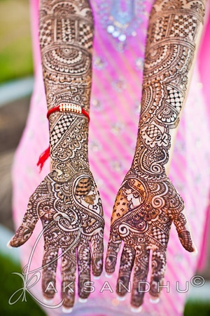 Mehndi by Neeta sharma - Neeta never ceases to amaze me - she always does such gorgeous work
